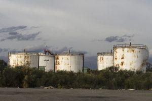 Huelva Factory Tanks Industry  - huelva3d1 / Pixabay